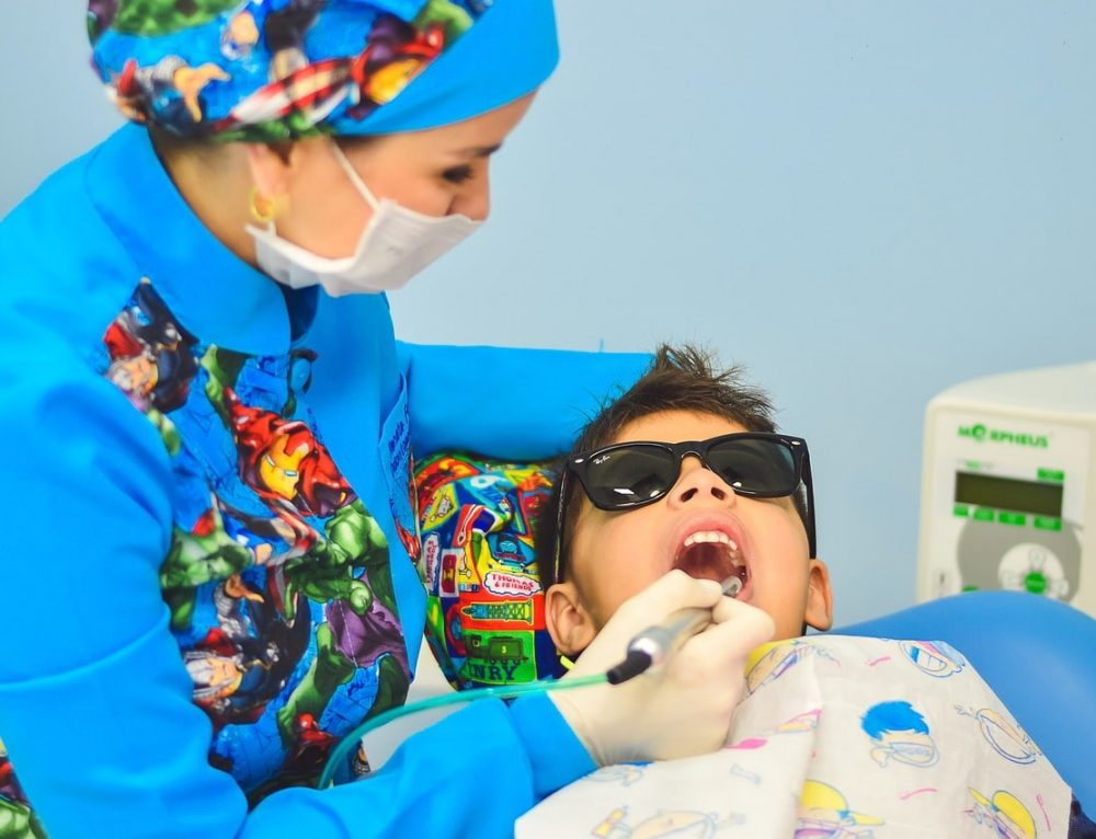 How to Make Your Child's First Visit to the Dentist a Success